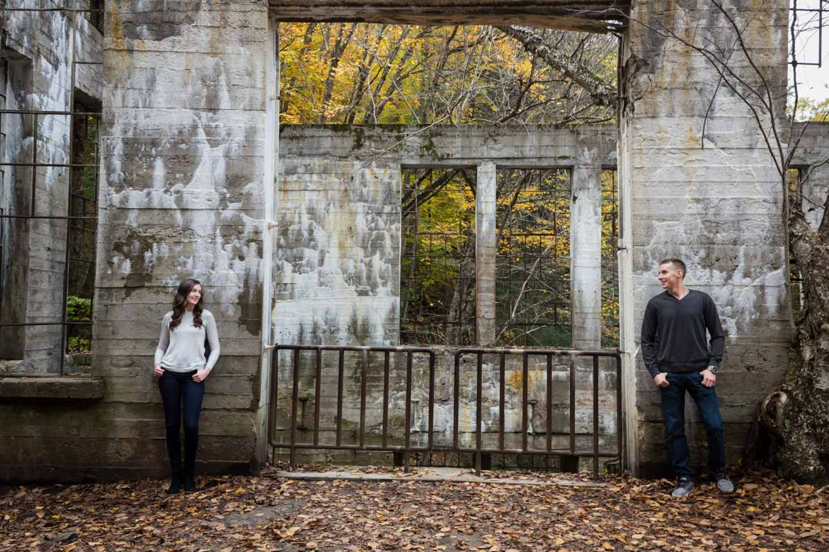 Pixelicious Gatineau Park engagement Willson Carbide Ruins