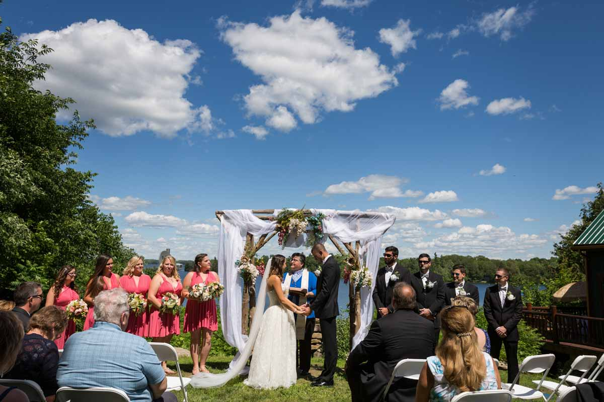 Pixelicious Kc and Quinn wedding Rosebud Resort outdoor ceremony