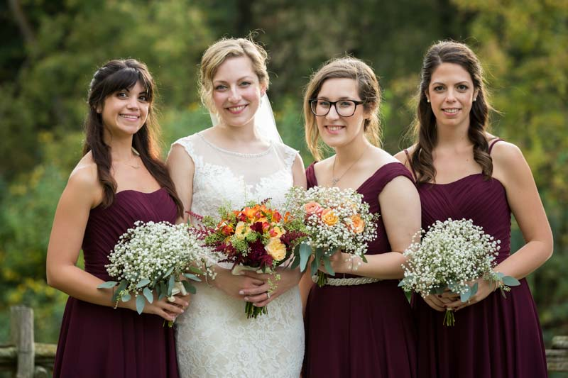 Group picture of bridesmaids