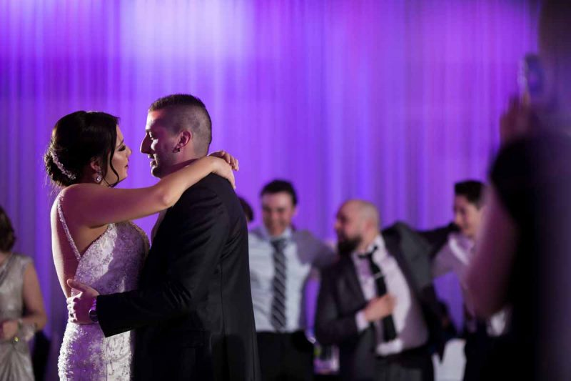 First dance of newlyweds at Le Rizz reception Saint-Leonard