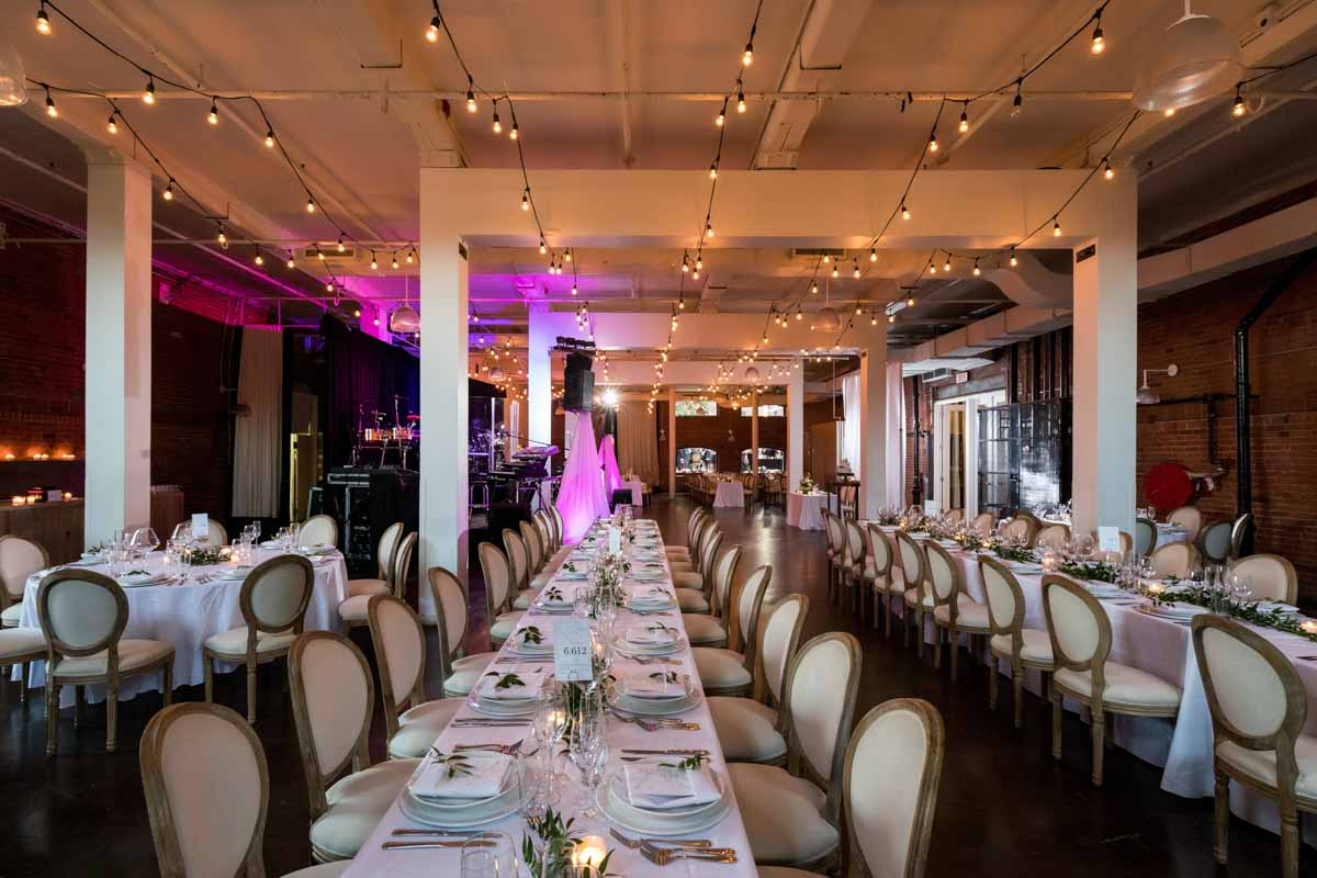 Entrepot Dominion wedding reception Montreal decoration